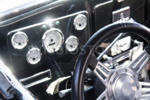 Classic car steering wheel - Shot Your show
